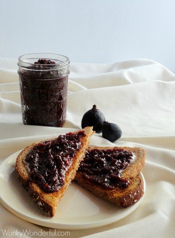 Clean Eating Recipe -  Balsamic Fig Jam ::: wonkywonderful.com