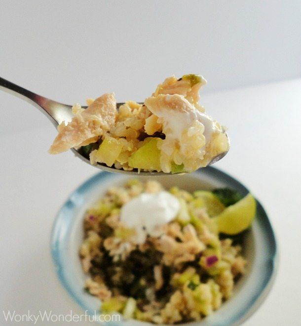 Healthy Chicken & Salsa Verde Quinoa Bowl - Gluten Free ::: wonkywonderful.com