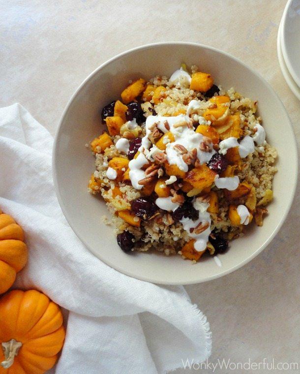 Gluten Free Vegetarian Pumpkin Quinoa Bowl - cranberries, pecans & gorgonzola dressing - wonkywonderful.com #glutenfree #veryvegetarian
