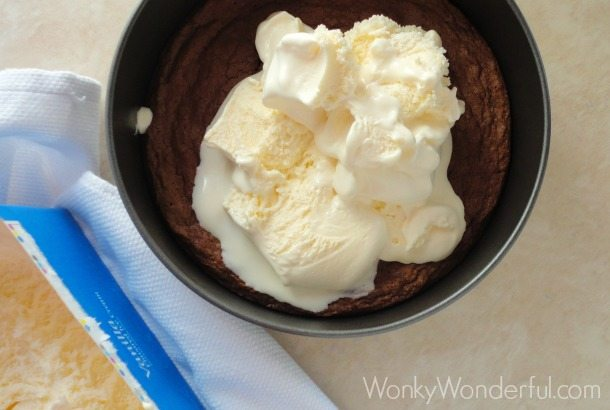 Ice Cream Milky Way Brownie Pie ::: wonkywonderful.com ::: #GameDayBites #shop