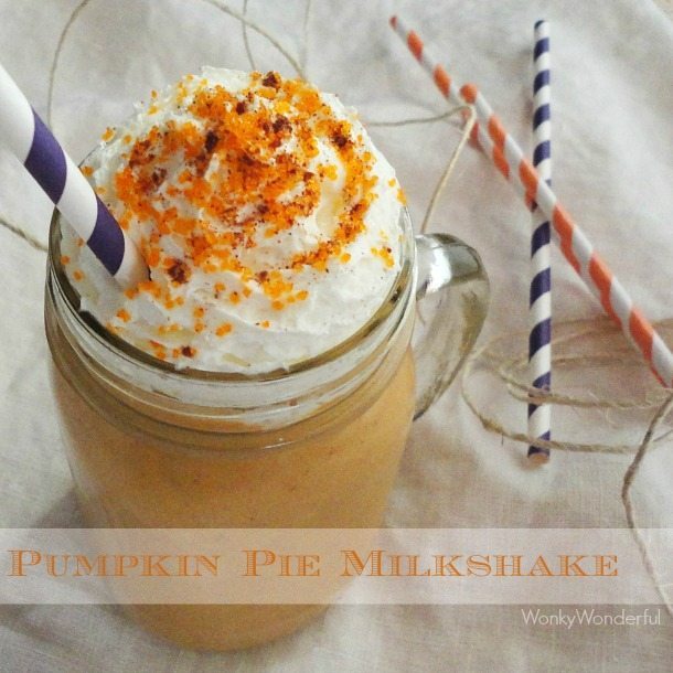 Pumpkin Pie Smoothie and Milkshake Recipe - quick and easy Thanksgiving dessert - wonkywonderful.com