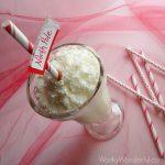 Vanilla Peppermint Milkshake Recipe : wonkywonderful.com
