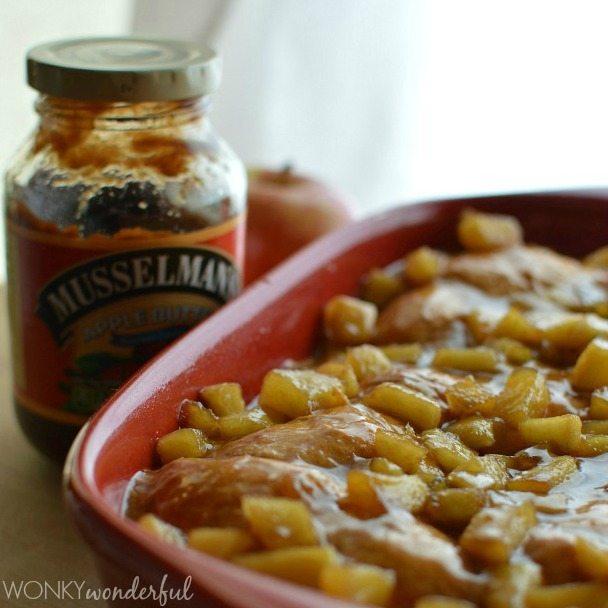 Glazed Apple Fritter Breakfast Casserole made with Musselman's Apple Butter, Croissants and Apples. Great Brunch Recipe! wonkywonderful.com