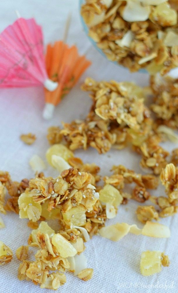 Homemade Granola - snack - breakfast - recipe - wonkywonderful.com