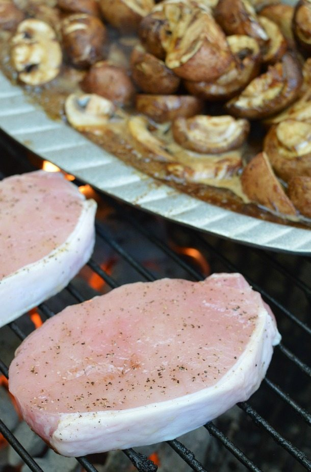 Sweet and Sour Barbecue Sauce Recipe : only 4 ingredients! barbeque : bbq : grilled pork chops and mushrooms