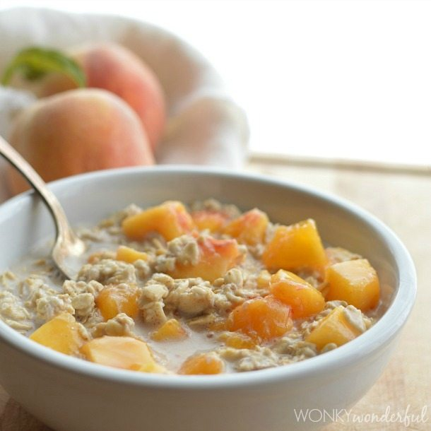 Peaches and Cream No-Cook Oatmeal (DF/V)