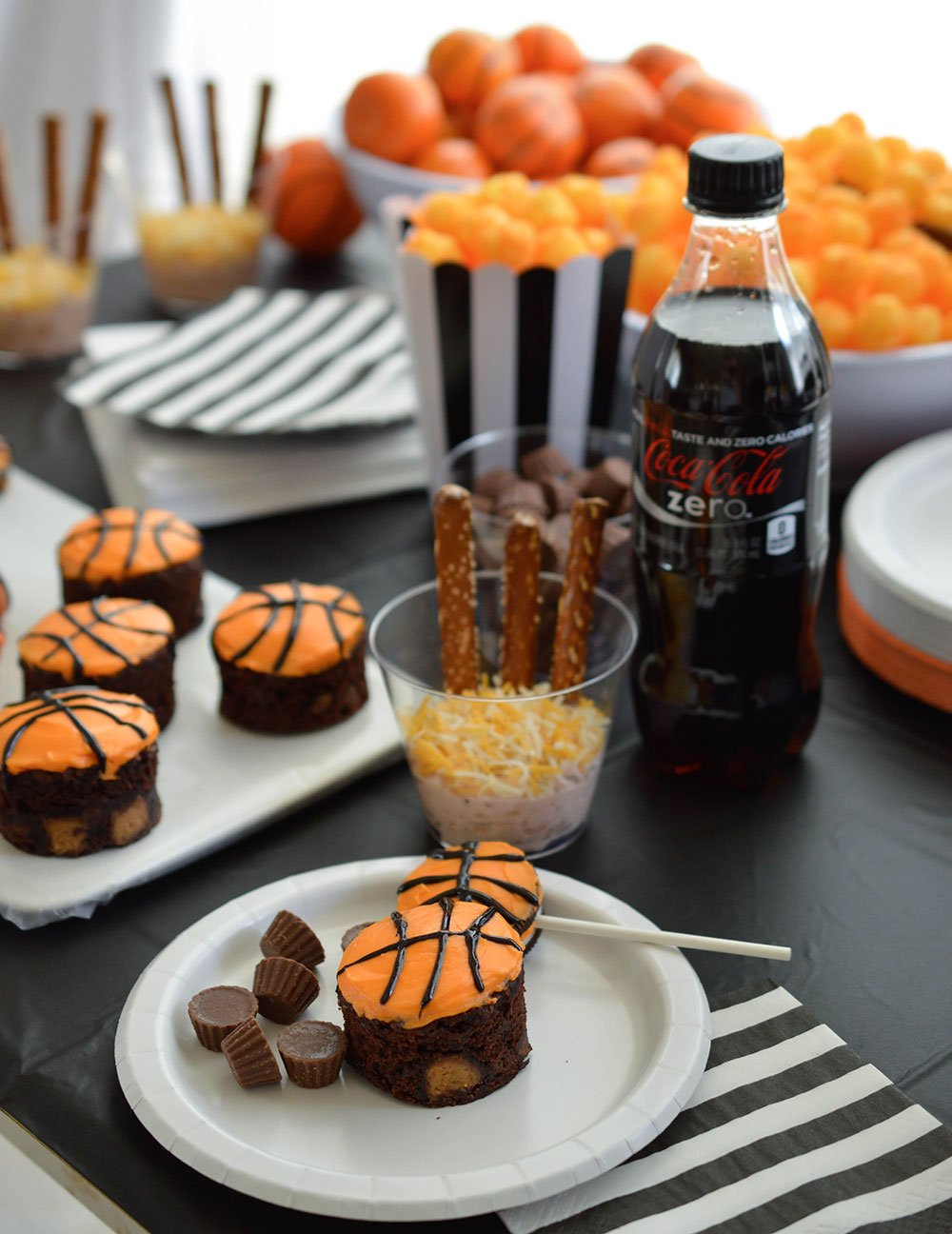 Basketball party ideas wonkywonderful basketball party ideas for your b ball themed celebration cheer on your favorite team forumfinder Images