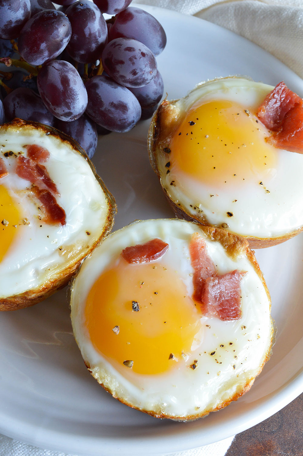 how to make sunny side up eggs without breaking yolk