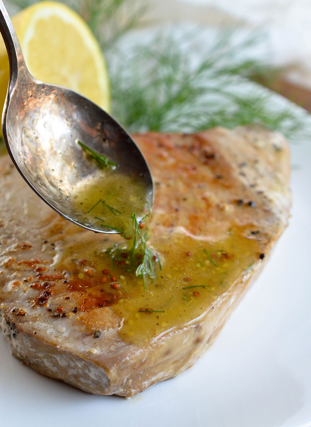 Pan seared tuna steak with lemon dill sauce for Can i eat fish everyday