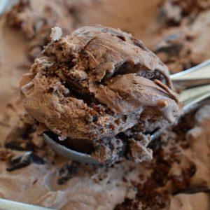 Extreme Chocolate Ice Cream – No Churn