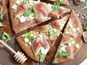 Fig and Prosciutto Flatbread Pizza Recipe