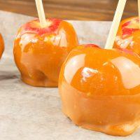Easy Pumpkin Spiced Caramel Apples Recipe