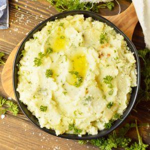 Dairy Free Garlic Mashed Potatoes (Whole30, Vegan Option)