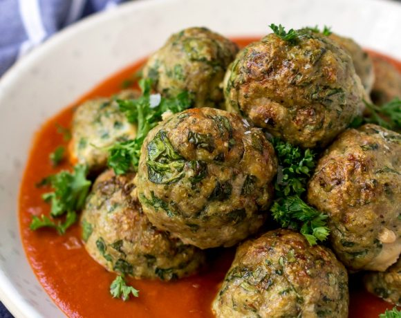 Spinach Garlic Baked Turkey Meatballs