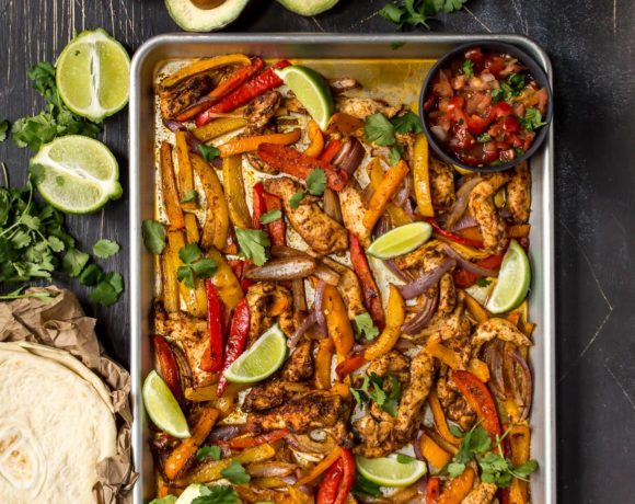 Sheet Pan Chicken Fajitas (Paleo, Whole30)
